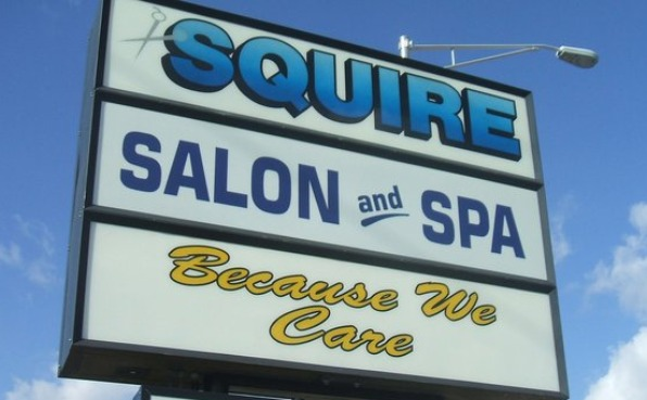 Squire Salon and Spa sign