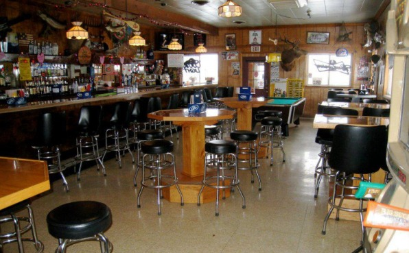 Halder Bridge Bar & Grill Interior