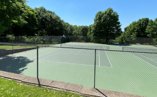 Pleasant View Park Tennis and Basketball Courts